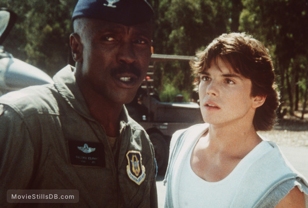 Iron Eagle - Publicity still of Louis Gossett, Jr. & Jason Gedrick