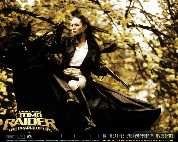 Lara Croft Tomb Raider The Cradle Of Life Wallpaper With