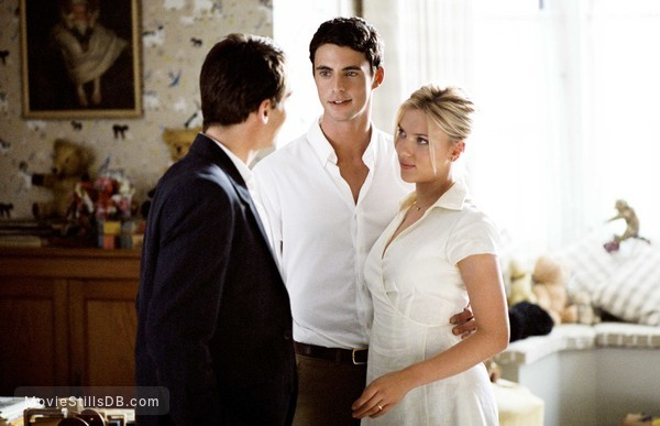 Match Point - Publicity still of Scarlett Johansson, Jonathan Rhys Meyers & Matthew Goode
