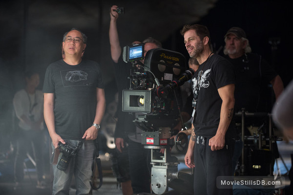 Batman v Superman: Dawn of Justice - Behind the scenes photo of Zack Snyder & Larry Fong