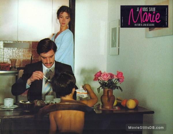 'Je vous salue, Marie' - Lobby card with Myriem Roussel, Thierry Rode & Malachi Jara Kohan