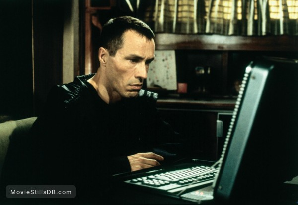 Along Came a Spider - Publicity still of Michael Wincott