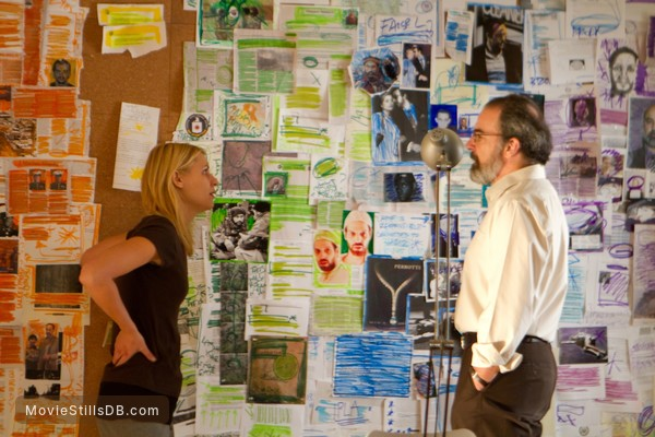 Homeland - Publicity still of Claire Danes & Mandy Patinkin
