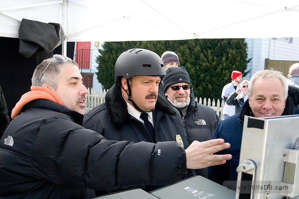 Paul Blart: Mall Cop - Behind the scenes photo of Kevin James, Marty Eli Schwartz & Jeff Sussman
