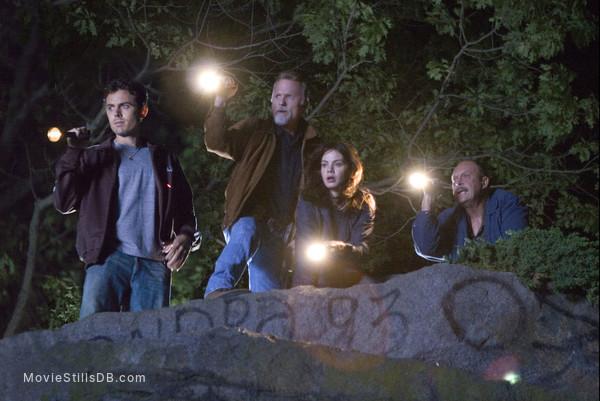Gone Baby Gone - Publicity still of Casey Affleck, Ed Harris, Michelle Monaghan & John Ashton
