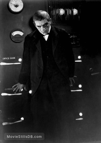 The Raven - Publicity still of Boris Karloff