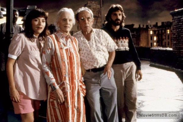 *batteries not included - Publicity still of Frank McRae, Elizabeth Peña, Jessica Tandy, Hume Cronyn & Dennis Boutsikaris