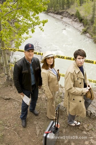 Dear Prudence - Promo shot of Jane Seymour, Jamey Sheridan & Ryan Cartwright