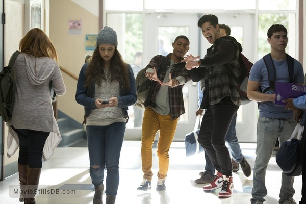 13 Reasons Why - Publicity still of Katherine Langford, Steven Silver & Ross Butler