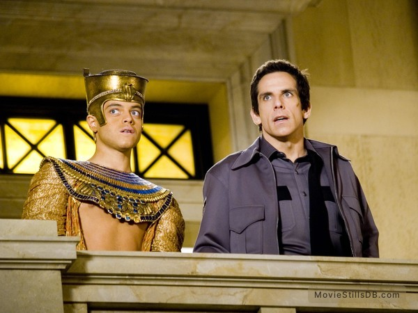 Night at the Museum - Publicity still of Ben Stiller & Rami Malek