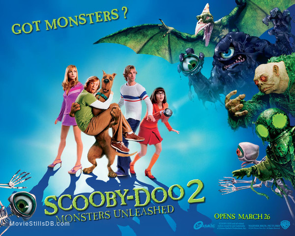 Scooby Doo 2: Monsters Unleashed - Wallpaper with Sarah Michelle Gellar, Linda Cardellini, Matthew Lillard & Freddie Prinze Jr.