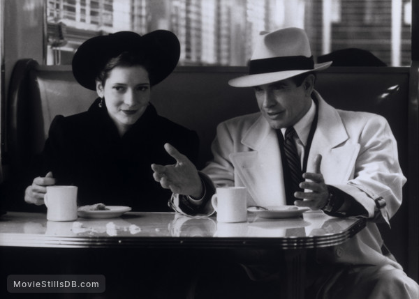Dick Tracy - Publicity still of Warren Beatty & Glenne Headly
