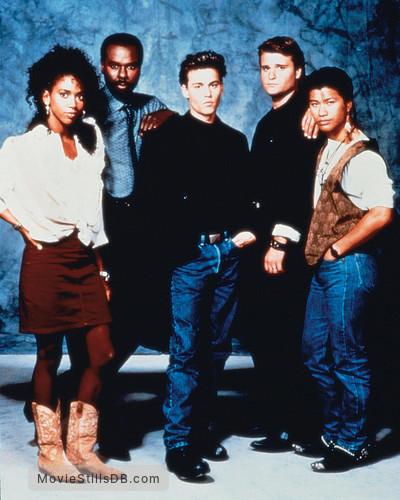 21 Jump Street - Promo shot of Johnny Depp, Peter DeLuise, Dustin Nguyen, Steven Williams & Holly Robinson Peete
