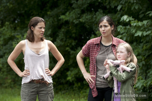 The Walking Dead - Publicity still of Audrey Marie Anderson, Alanna Masterson & Meyrick Murphy