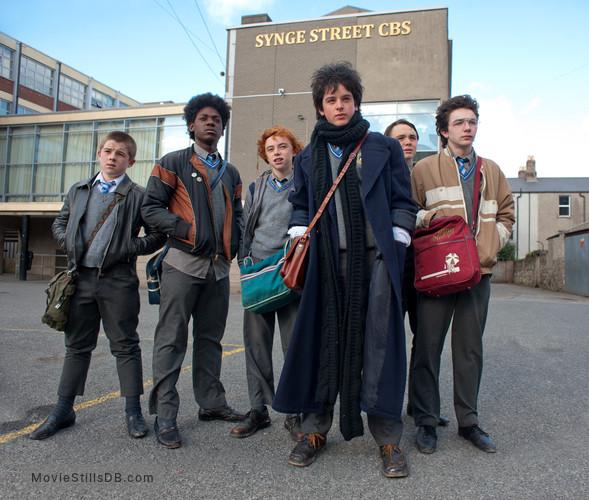 Sing Street - Publicity still of Lucy Boynton, Ferdia Walsh-Peelo & Ian Kenny