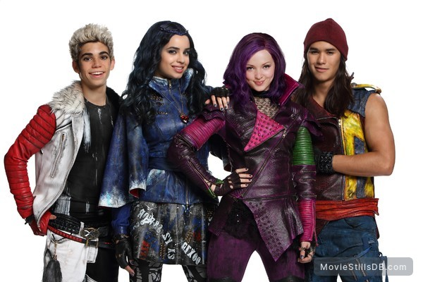 disney's descendants characters - 600×400