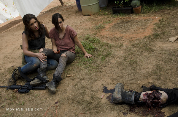 The Walking Dead - Publicity still of Alanna Masterson & Juliana Harkavy