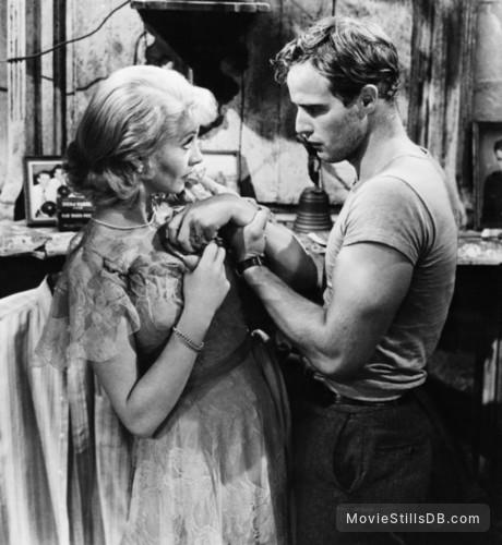 A Streetcar Named Desire - Publicity still of Marlon Brando & Vivien Leigh