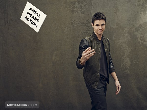 The Tomorrow People - Promo shot of Robbie Amell