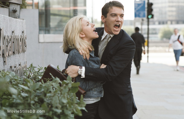 Match Point - Publicity still of Jonathan Rhys Meyers & Scarlett Johansson