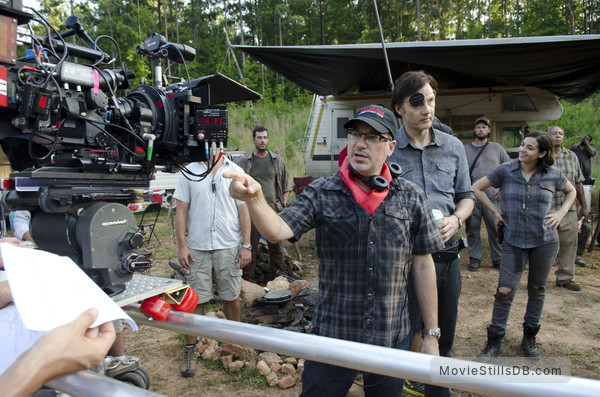 The Walking Dead - Behind the scenes photo of David Morrissey & Alanna Masterson