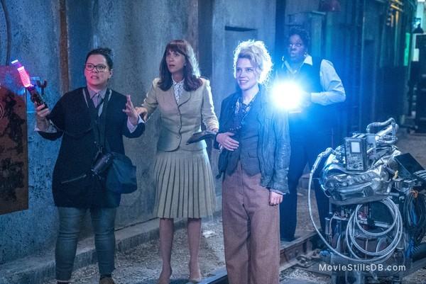 Ghostbusters - Publicity still of Melissa McCarthy, Kristen Wiig, Kate McKinnon & Leslie Jones