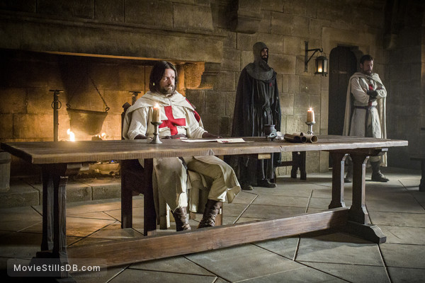 Knightfall - Publicity still of Pádraic Delaney & Simon Merrells