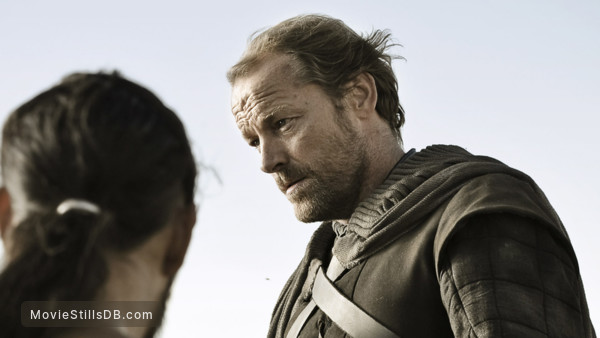 Game of Thrones - Publicity still of Iain Glen & Jason Momoa