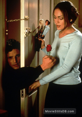 The Wedding Planner - Publicity still of Jennifer Lopez & Justin Chambers