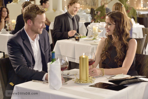 catch a christmas star publicity still of shannon elizabeth steve byers - A Christmas Star Movie
