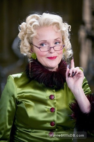 Harry Potter and the Goblet of Fire - Promo shot of Miranda Richardson