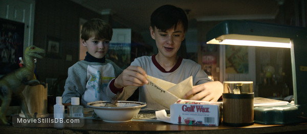 It - Publicity still of Jackson Robert Scott & Jaeden Lieberher