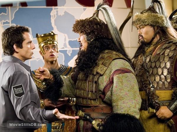 Night at the Museum - Publicity still of Ben Stiller, Rami Malek & Patrick Gallagher