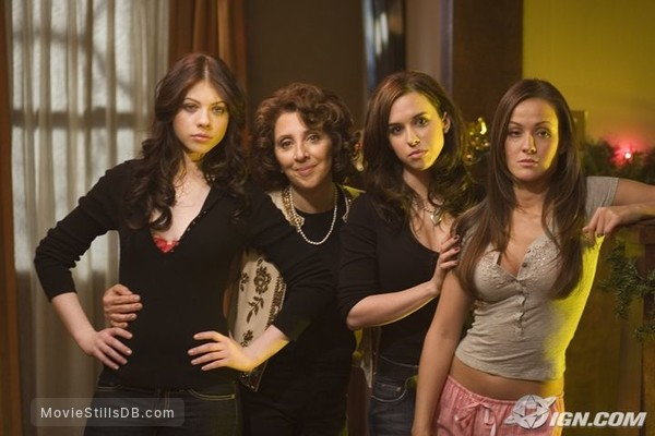 black christmas publicity still of lacey chabert