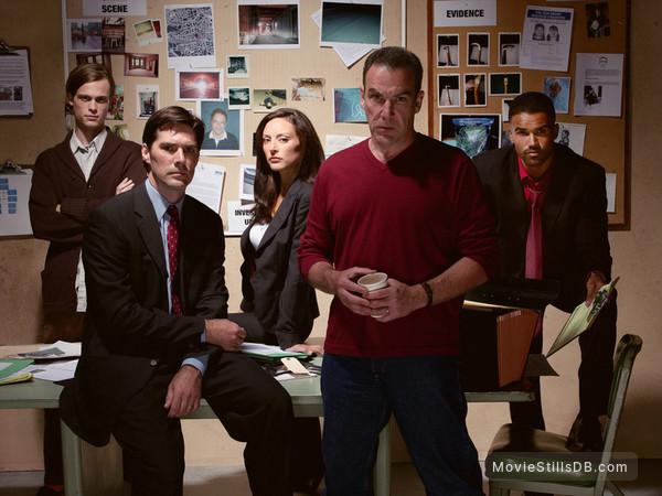 Criminal Minds - Promo shot of Mandy Patinkin, Lola Glaudini, Matthew Gray Gubler, Shemar Moore & Thomas Gibson