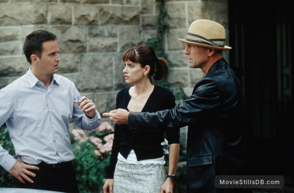 The Whole Ten Yards - Publicity still of Bruce Willis, Amanda Peet & Matthew Perry