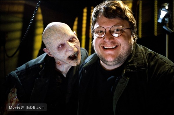 Blade 2 - Behind the scenes photo of Guillermo del Toro & Luke Goss