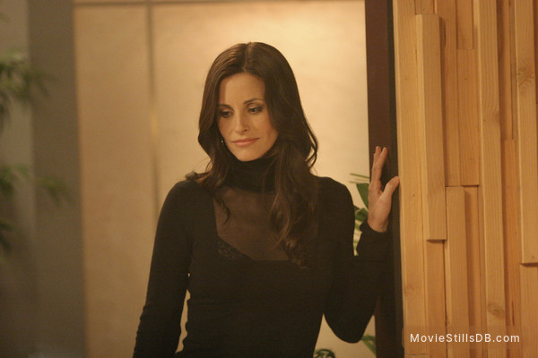 Dirt - Publicity still of Courteney Cox