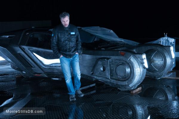 Blade Runner 2049 - Behind the scenes photo of Denis Villeneuve