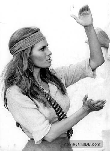 100 Rifles - Behind the scenes photo of Raquel Welch