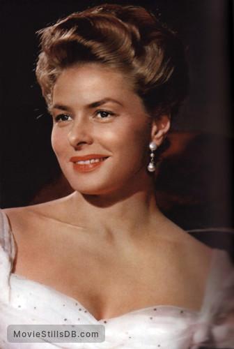 Elena et les hommes - Publicity still of Ingrid Bergman