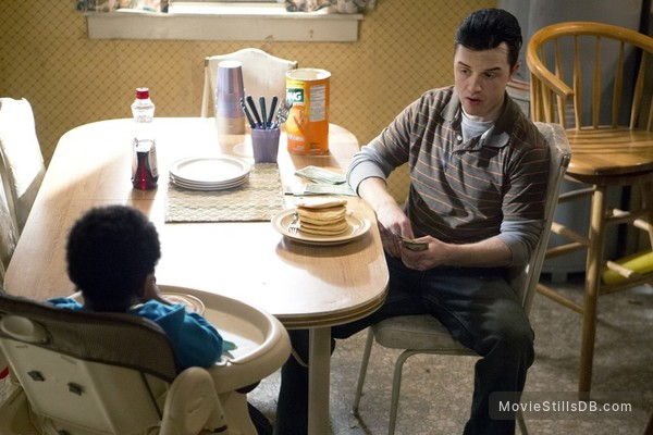Shameless - Publicity still of Noel Fisher