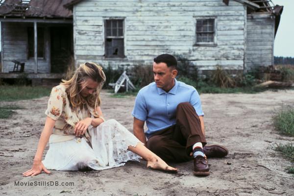 Forrest Gump - Publicity still of Robin Wright & Tom Hanks
