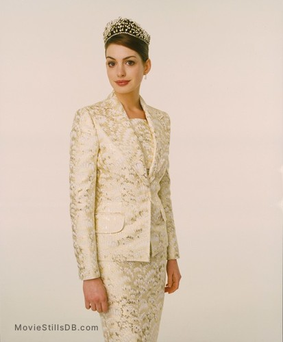 The Princess Diaries 2: Royal Engagement - Promo shot of Anne Hathaway