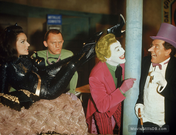 Batman - Publicity still of Frank Gorshin, Lee Meriwether, Burgess Meredith & Cesar Romero