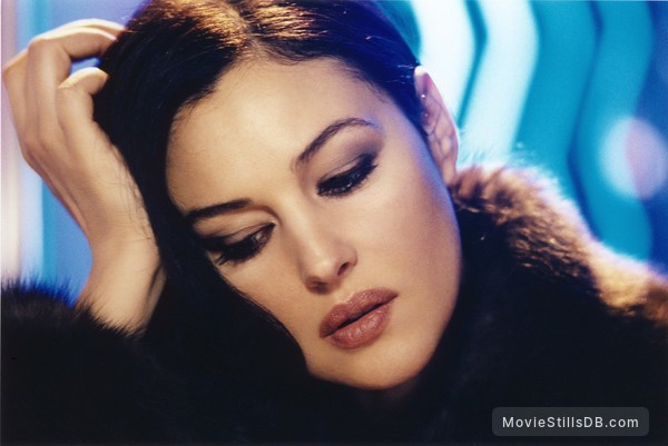 Combien tu m'aimes? - Publicity still of Monica Bellucci