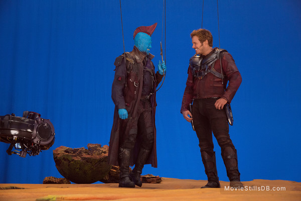 Guardians of the Galaxy Vol. 2 - Behind the scenes photo of Michael Rooker & Chris Pratt
