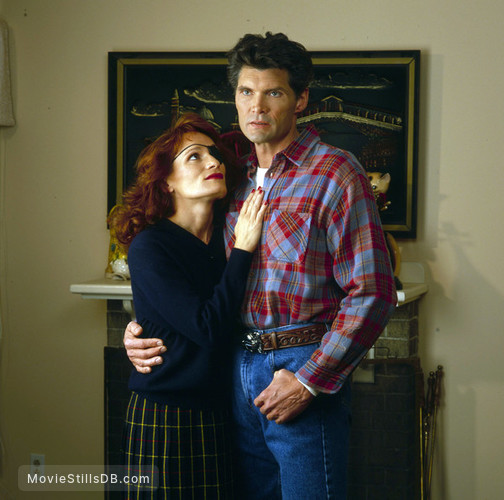 Twin Peaks - Promo shot of Everett McGill & Wendy Robie