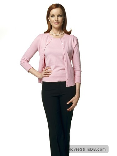 Desperate Housewives - Promo shot of Marcia Cross