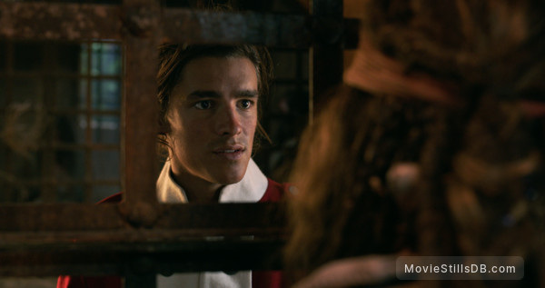 Pirates of the Caribbean: Dead Men Tell No Tales - Publicity still of Brenton Thwaites